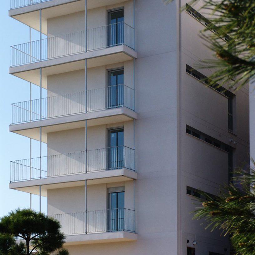 P200405 – Edificio de viviendas en Mas del Rosari